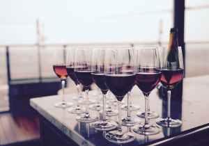 restaurant bar glass glasses